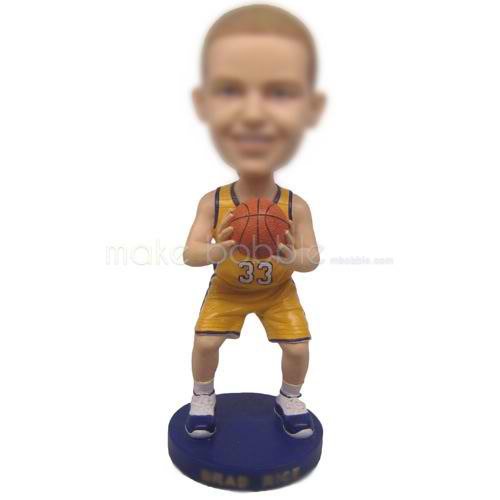 bobbleheads custom basketball player in yellow jersey