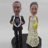 Customized wedding cake bobblehead doll