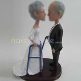 Personalized custom bobble head of wedding cake
