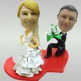 Make personalised wedding bobbleheads